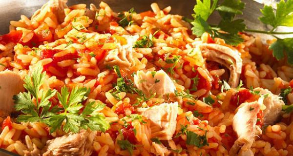 Billig middagstips: Tunfisk med ris og litt gr?nnsaker