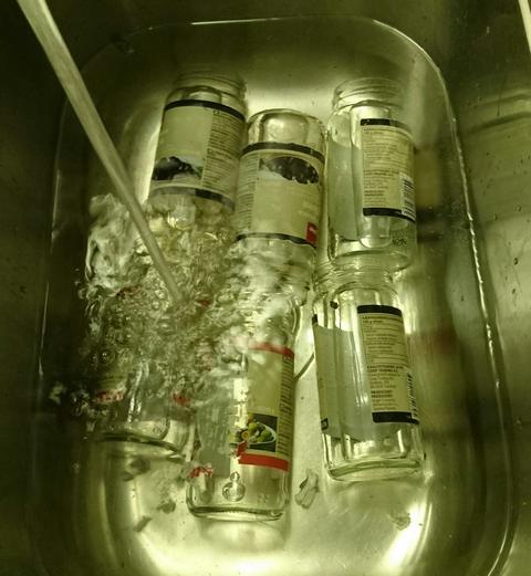 Glass blir til oppbevaringsbokser